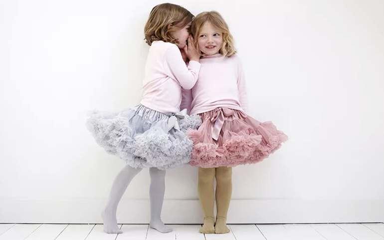 девочки в юбках из фатина