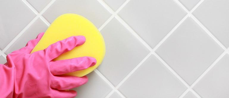 Очитка швов плитки в ванной
