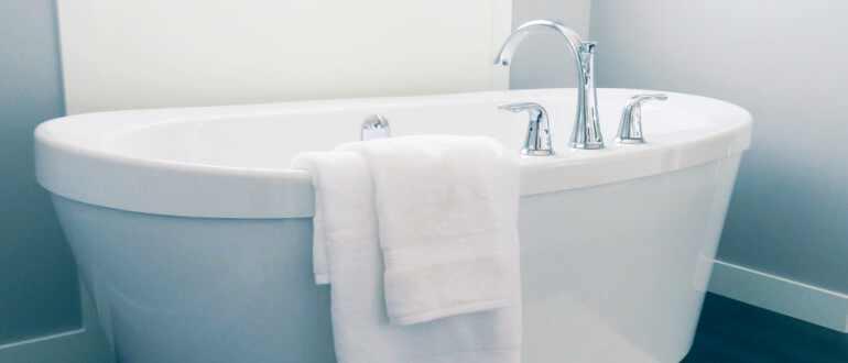 белая ванна без желтизны